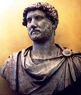 Бюст императора Адриана. II в С его лёгкой руки римляне стали носить усы и бороду, что ранее не было принято